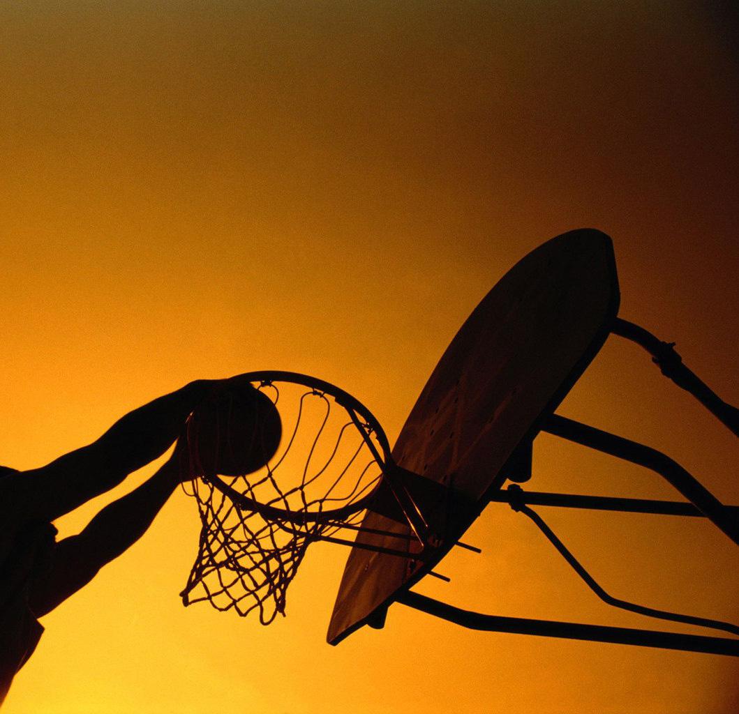"""""""OilNews"""" Маркетинг: SUN OIL підтримує харківський баскетбольний клуб"""
